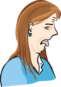 Eine Frau ekelt sich.