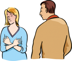 Ein Mann starrt eine Frau an. Sie fühlt sich unwohl.